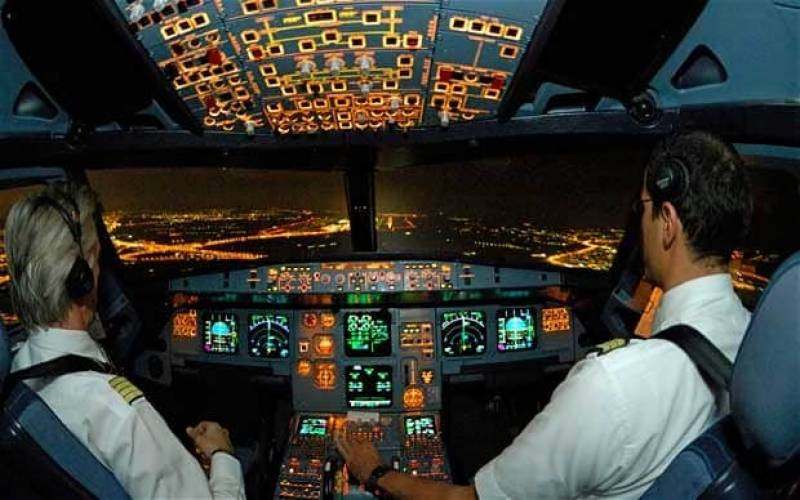 Three pilots suspended over short of fuel call to get priority landing