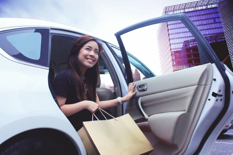 Honda joins hands with ride-hailing service Grab