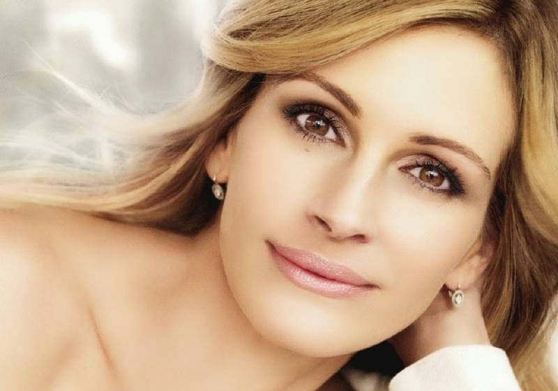 Julia Roberts to make debut on silver screen
