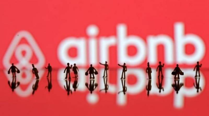 Airbnb plans to raise additional $153 million