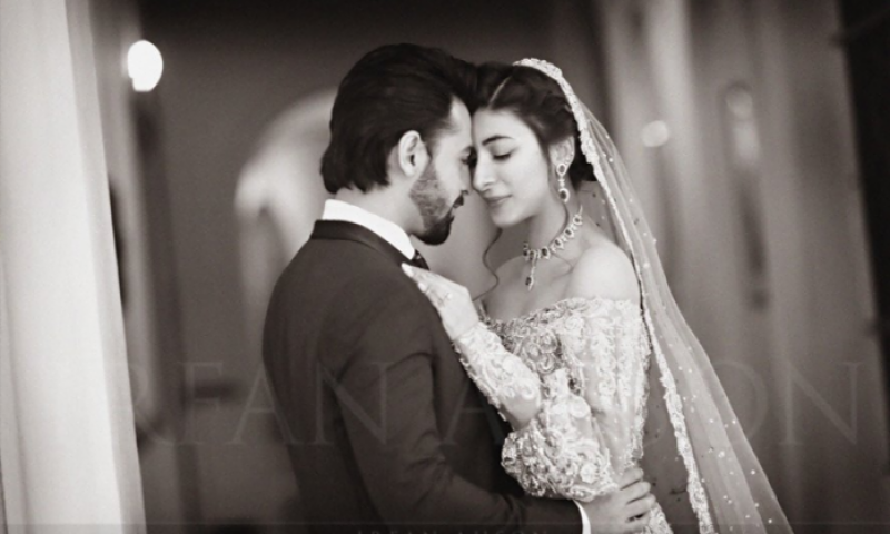 Urwa and Farhan's outstanding wedding reception (pics)