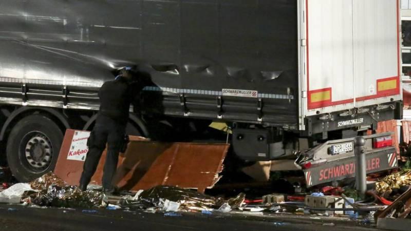 'Berlin attacker was Pakistani refugee'