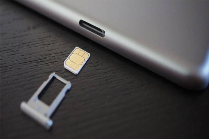 Apple to produce 'dual SIM' iPhones