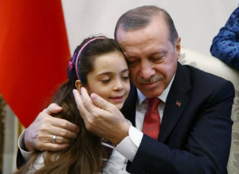 Syrian girl who tweeted from besieged Aleppo meets Turkish President Erdogan