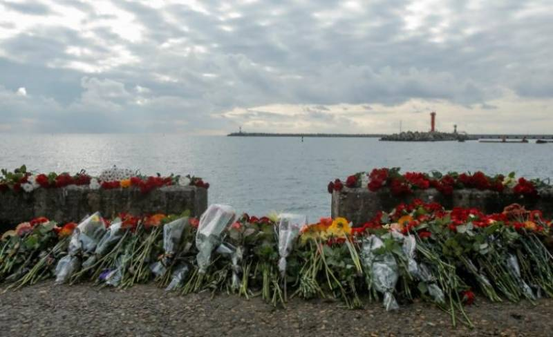 Black box of crashed Russian military plane recovered from Black Sea
