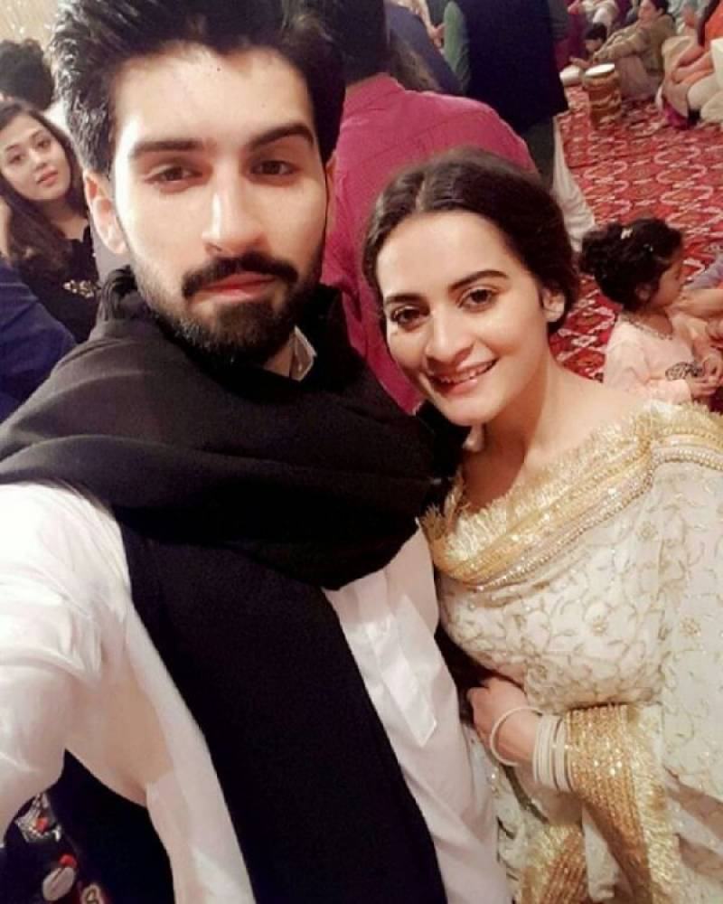 aiman khan muneeb butt dholki ceremony pics the gorgeous couple also had a great selfie time at the function