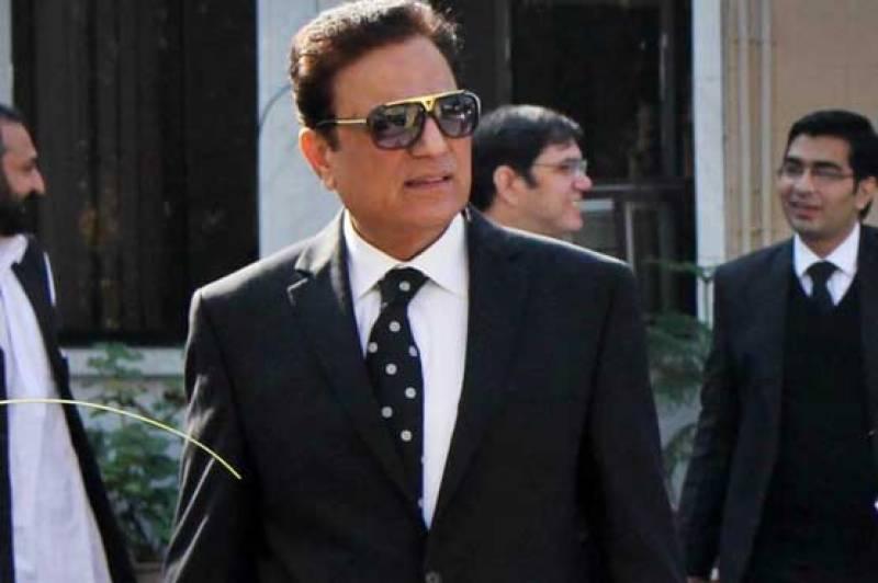 Panamagate Case: PTI lawyer presents arguments to apex court