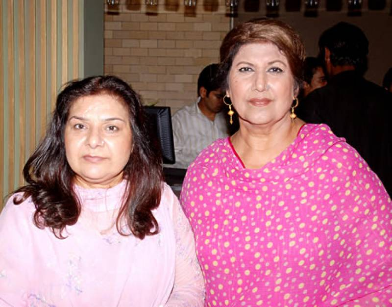 Rukhsana Noor, wife of Famous Director succumbs to cancer