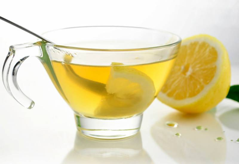 Benefits of drinking lukewarm 'Lemon Water'
