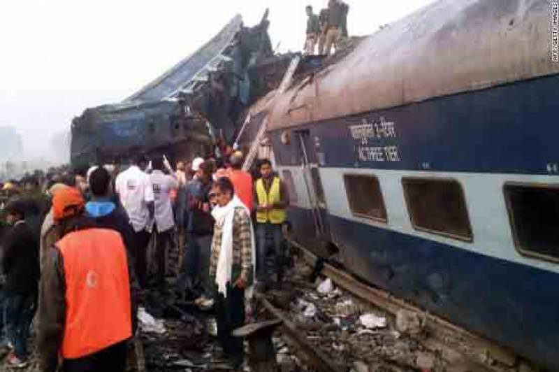 At least 27 killed, many injured as Indian train derails