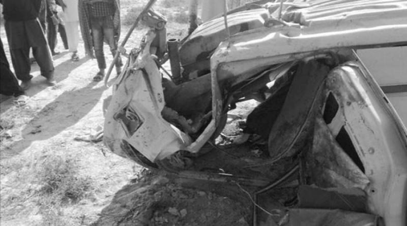 Six killed as train hits car in Gojra