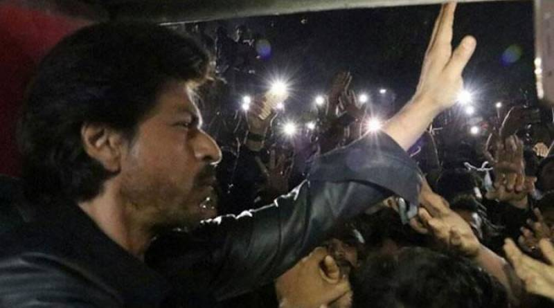 Fan dies to catch a glimpse of King Khan