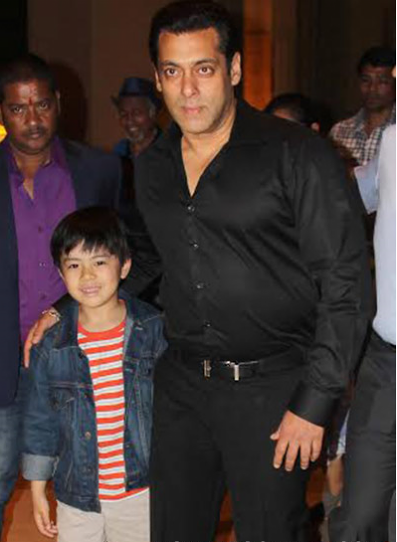 Salman Khan introduces another adorable little co-star, pics