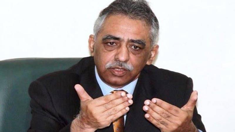 Governor Sindh Zubair Umar reaches Karachi