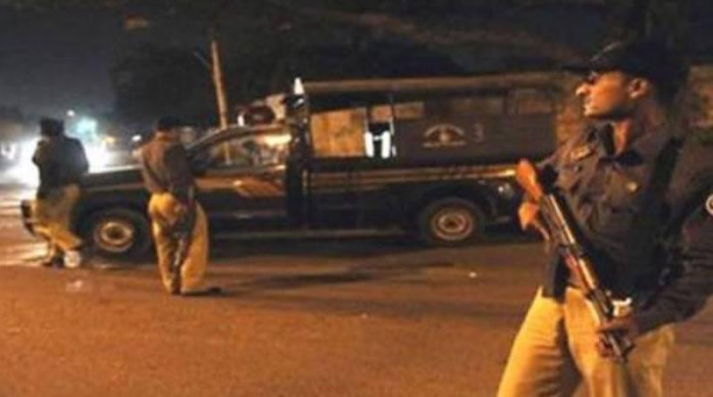 Gang of counterfeit policemen arrested in Karachi
