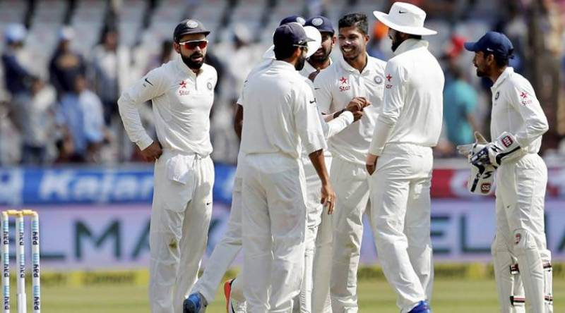 India inching towards victory against Bangladesh in first Test