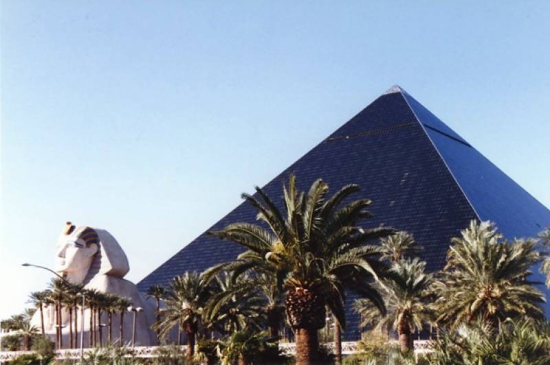 Most weird buildings around World