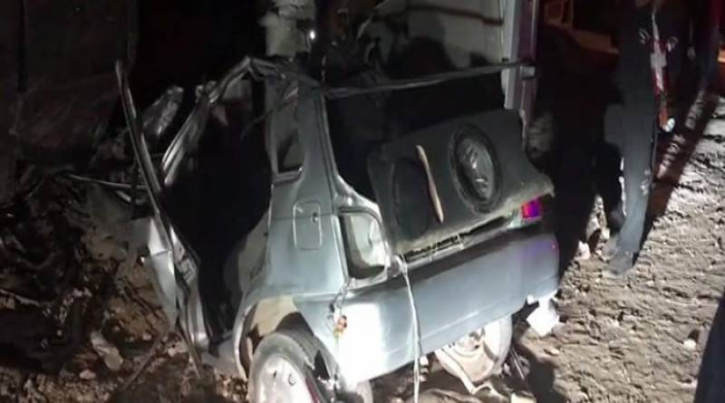Coach crushed car, killing 3 of a family, 10 injured