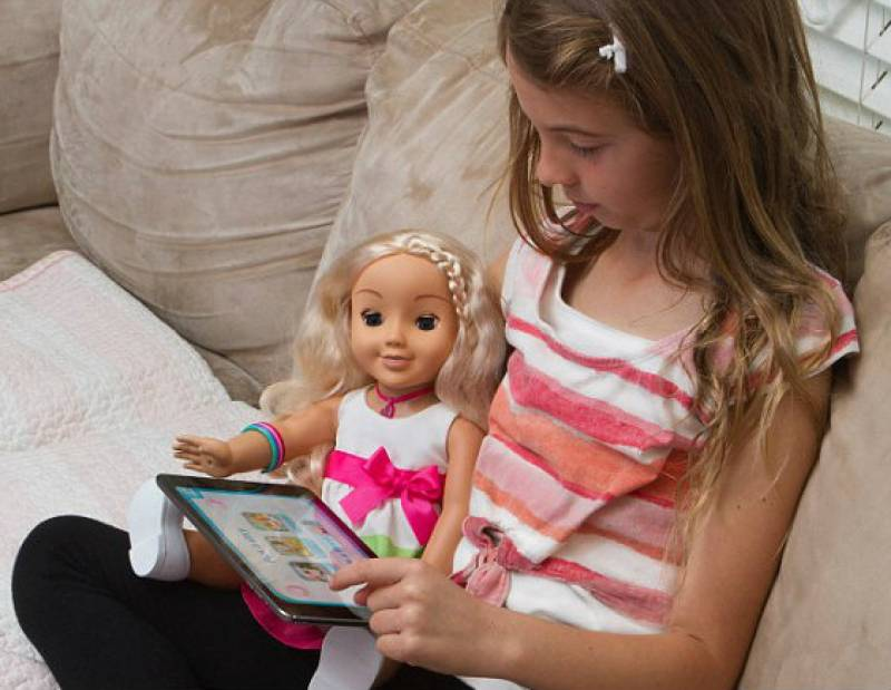 Talking dolls 'Cayla' can reveal personal data