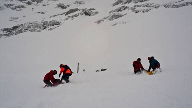 Avalanche kills 7 in Pakistan's north