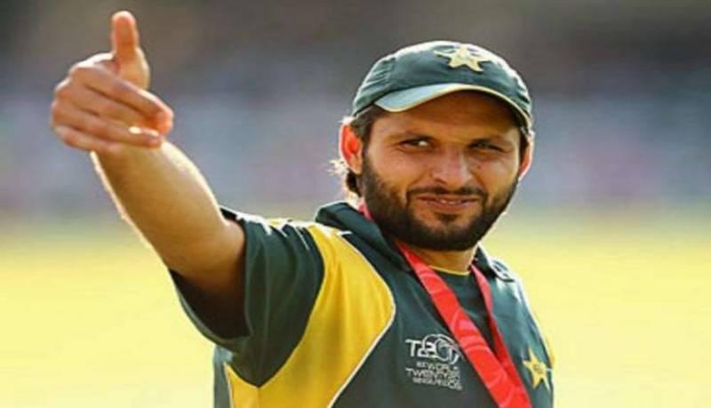 Peshawar Zalmi defeats Lahore Qalandars by 17 runs