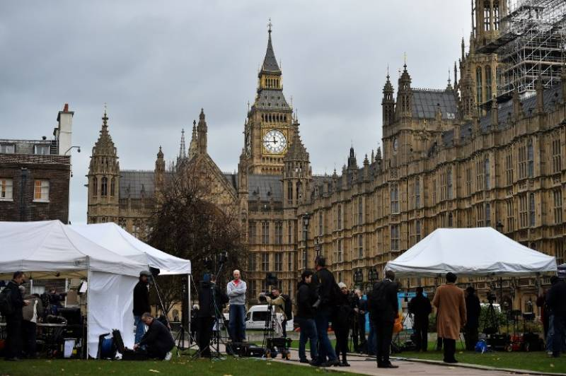 'Islamic State planning attacks in Britain'