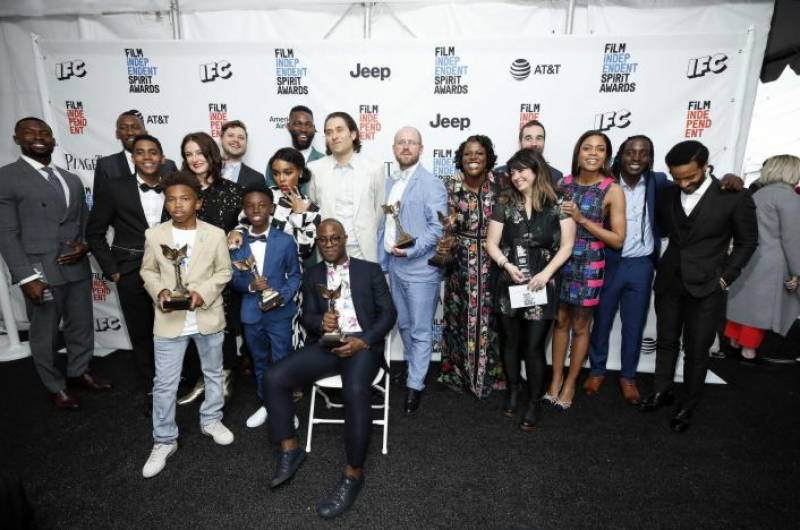 'Moonlight' sweeps Spirit Awards with six wins ahead of Oscars
