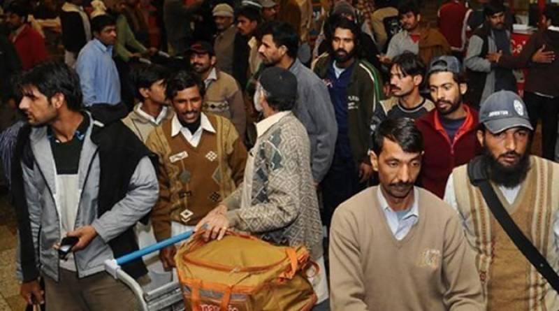 100 Pakistanis deported from Saudi Arabia