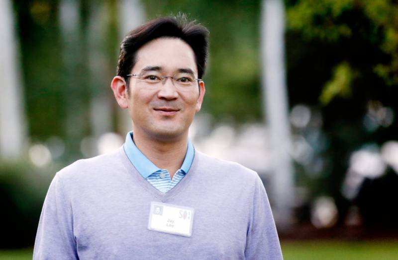 Samsung heir still in bribery and embezzlement quagmire