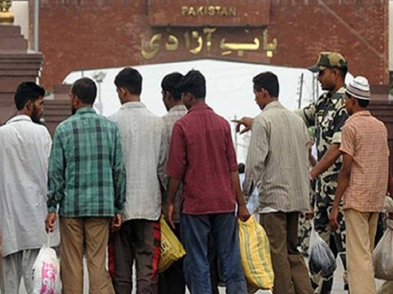 India releases 39 Pakistani prisoners including 18 fishermen