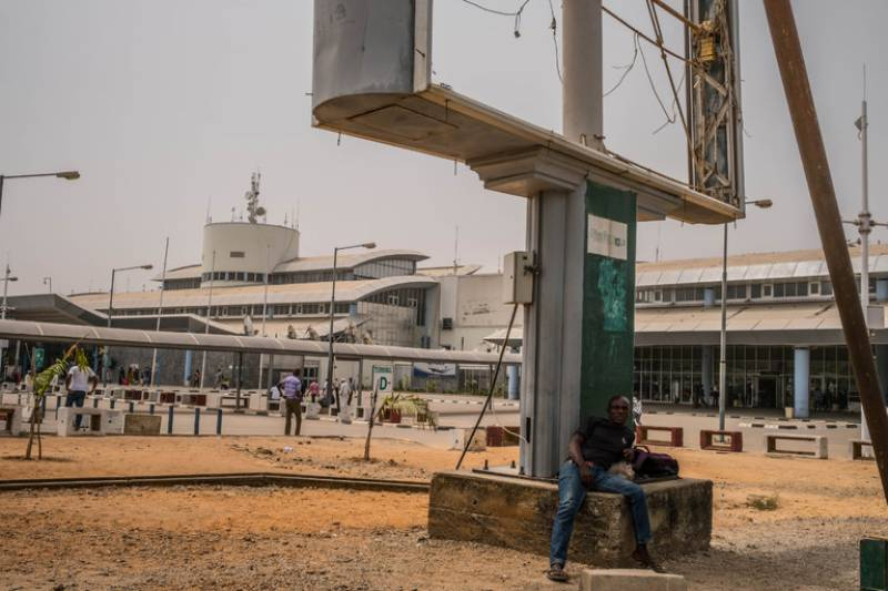 Nigeria to close Abuja airport from Wednesday