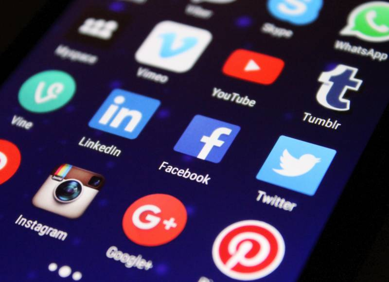Heavy use of social media lead to isolation: Study