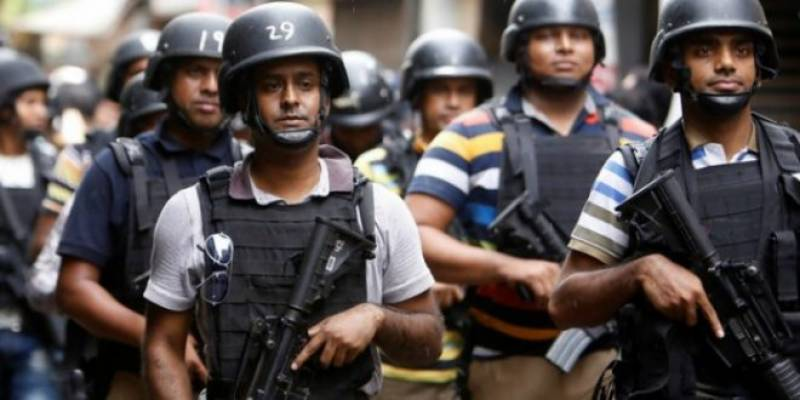 Bangladesh police shoot terrorist in Dhaka