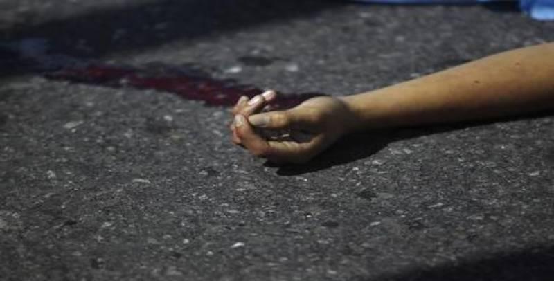 Girl allegedly kills boyfriend for snatching money