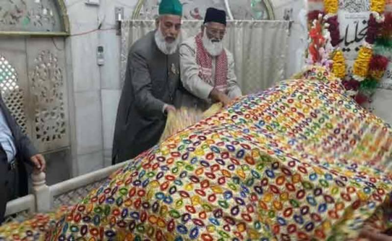 Missing clerics of Hazrat Nizamuddin Auliya Shrine safely return to Karachi