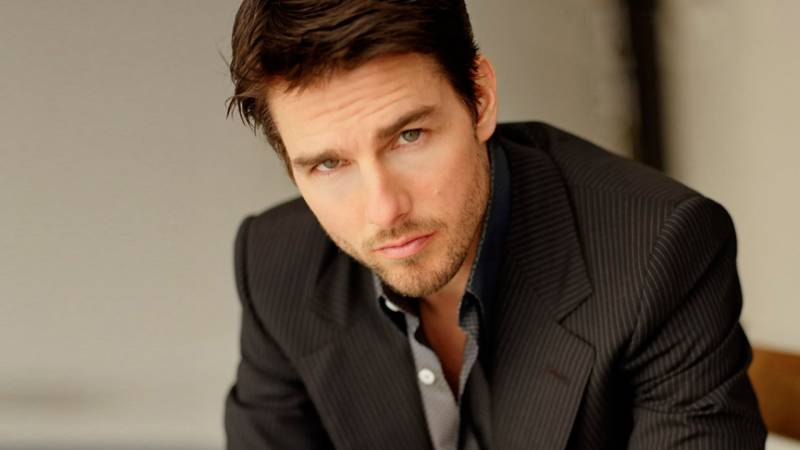 Have a look of Tom Cruise's recent crushes…!