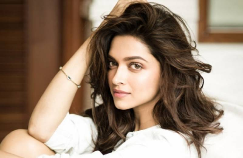 Is Deepika leaving Bollywood for Hollywood…! Truth unveiled