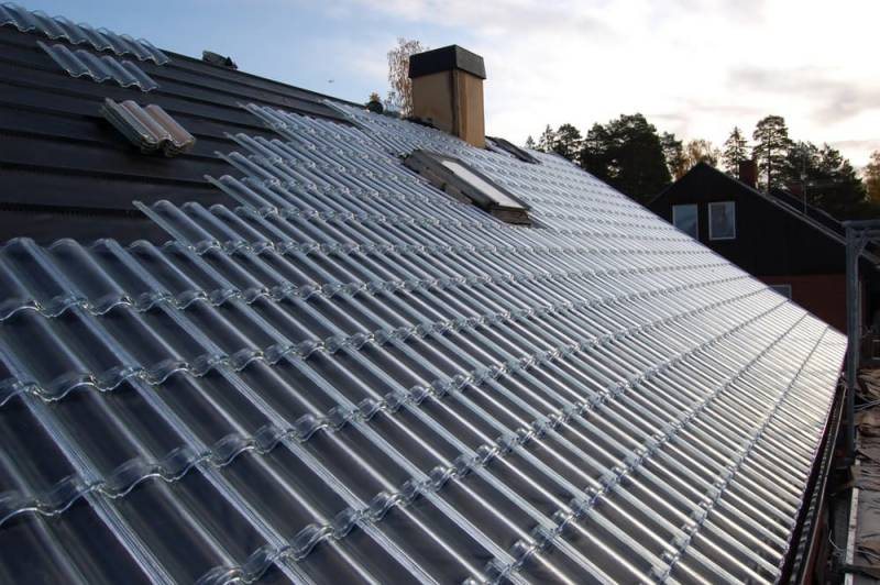 Now order solar-powered roof tiles
