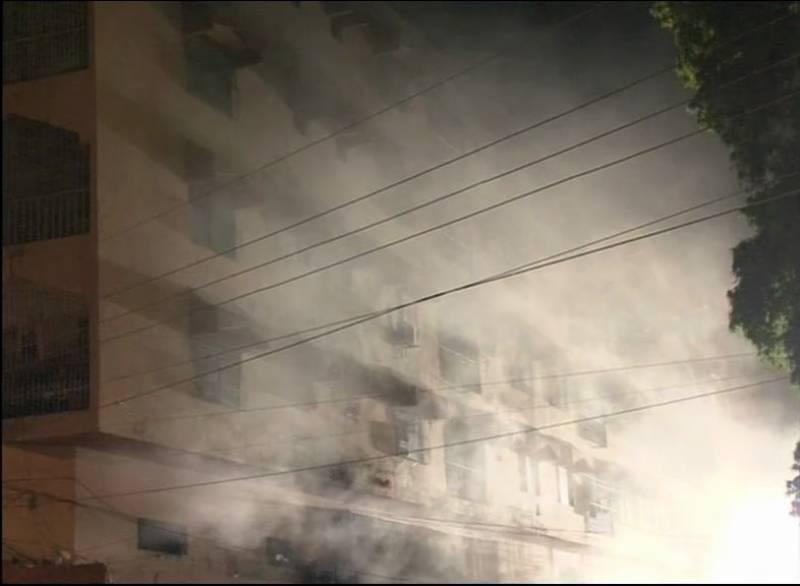 Valuables worth millions turned to ashes as fire engulfed Karachi's Tariq plaza