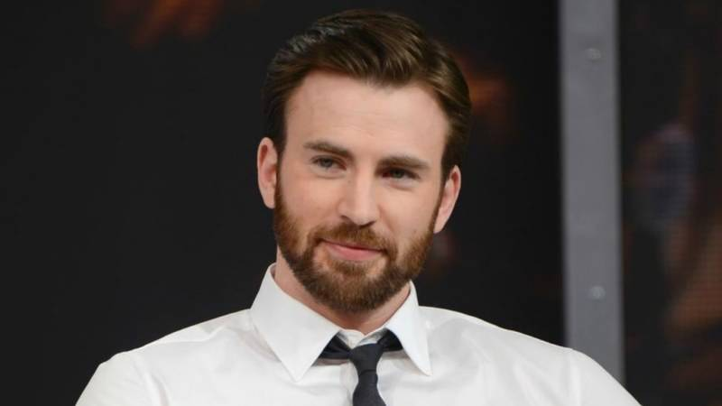 'Captain America' talks about being celebrity
