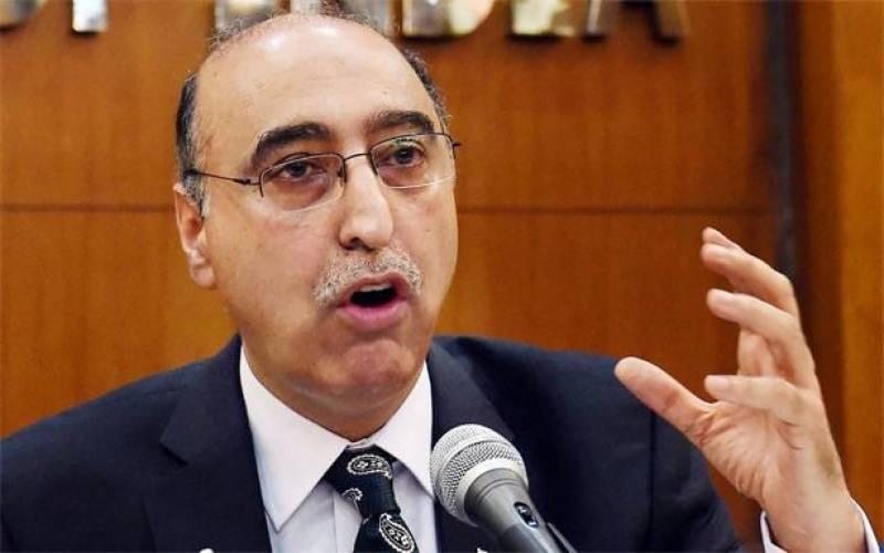 India grills Pakistani top diplomat over Yadav's death sentence