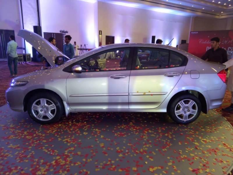 Pics: Honda launches City 2017 model in Pakistan