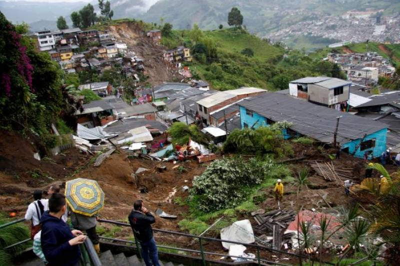 17 killed, many missing in Colombia landslide