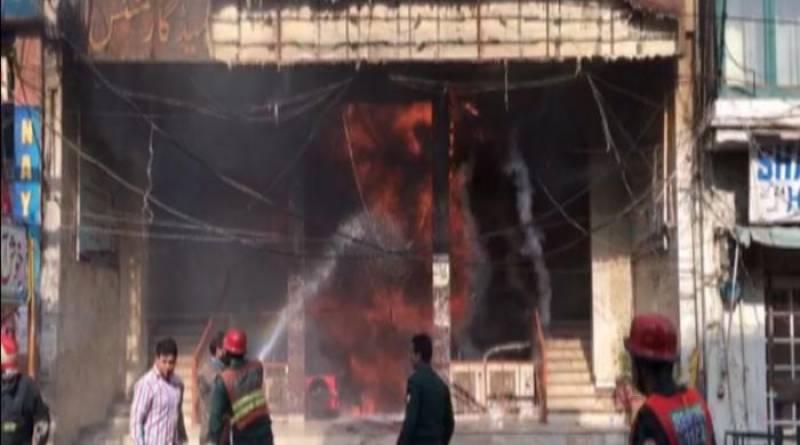 Fire engulfs Lahore's Anarkali Plaza