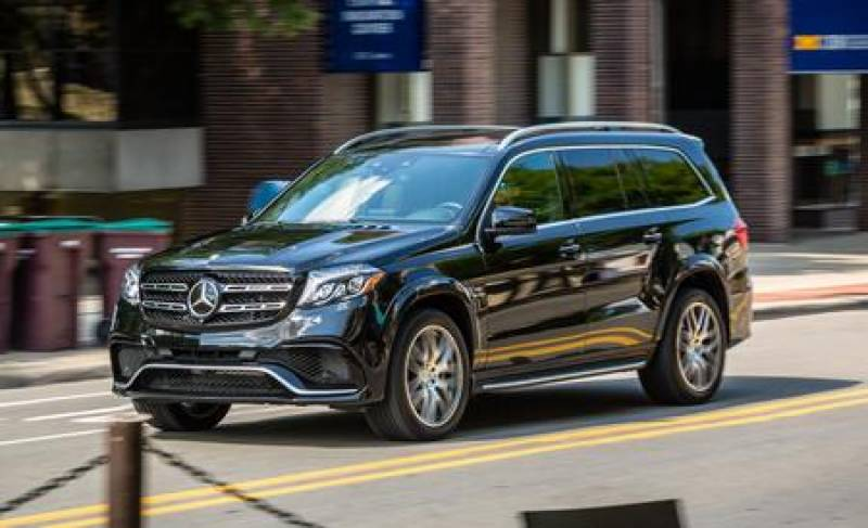 Mercedes driver detained for blocking children ambulance