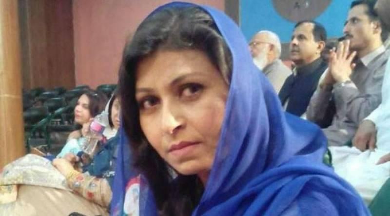 Poetess Farzana Naz's funeral prayers offered in Islamabad