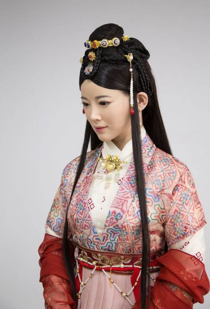 'Jia Jia' sent back to school after stumbling over her words