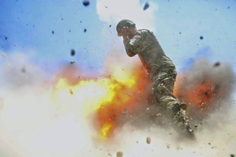Army photographer captures her own death in explosion