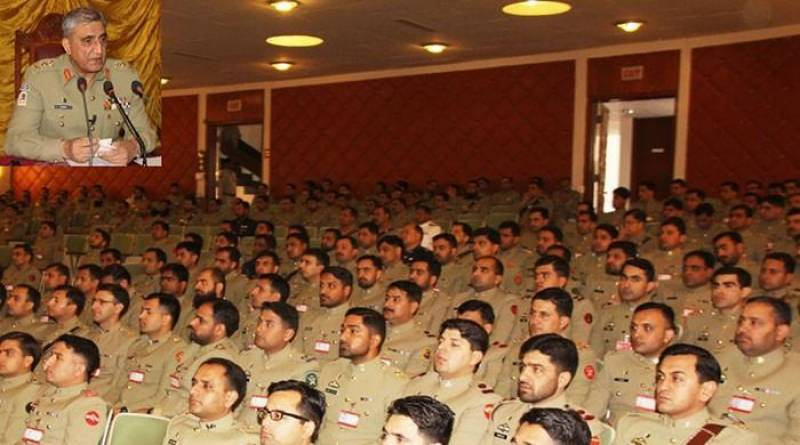 Army chief General Bajwa visits Quetta garrison