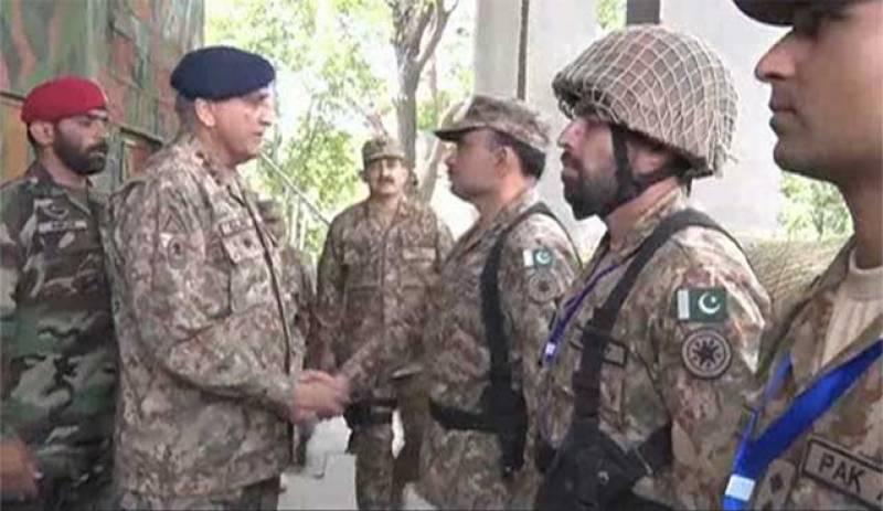 COAS praises Pak army's befitting response to Indian violations along LoC